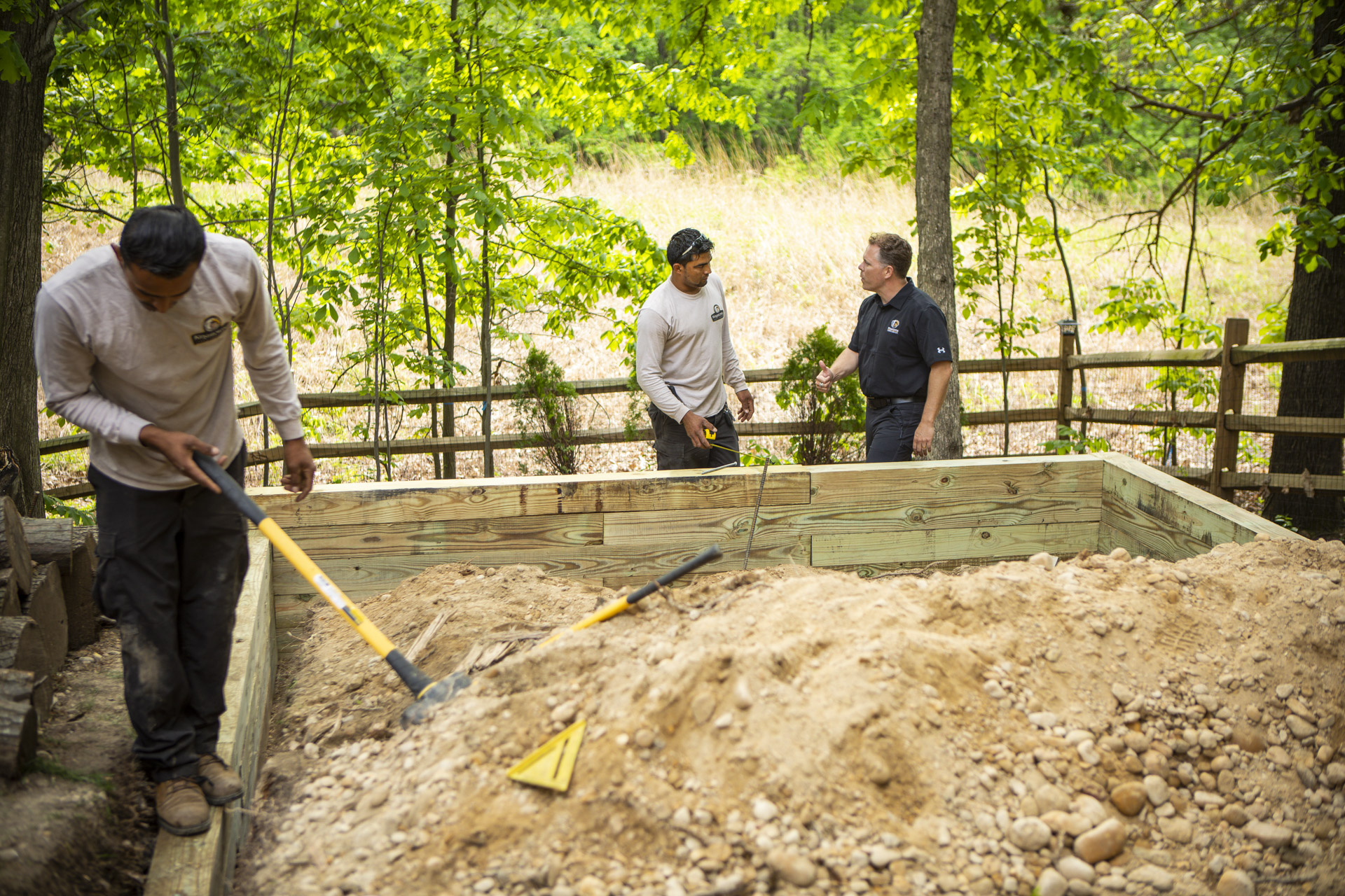 construction-crew