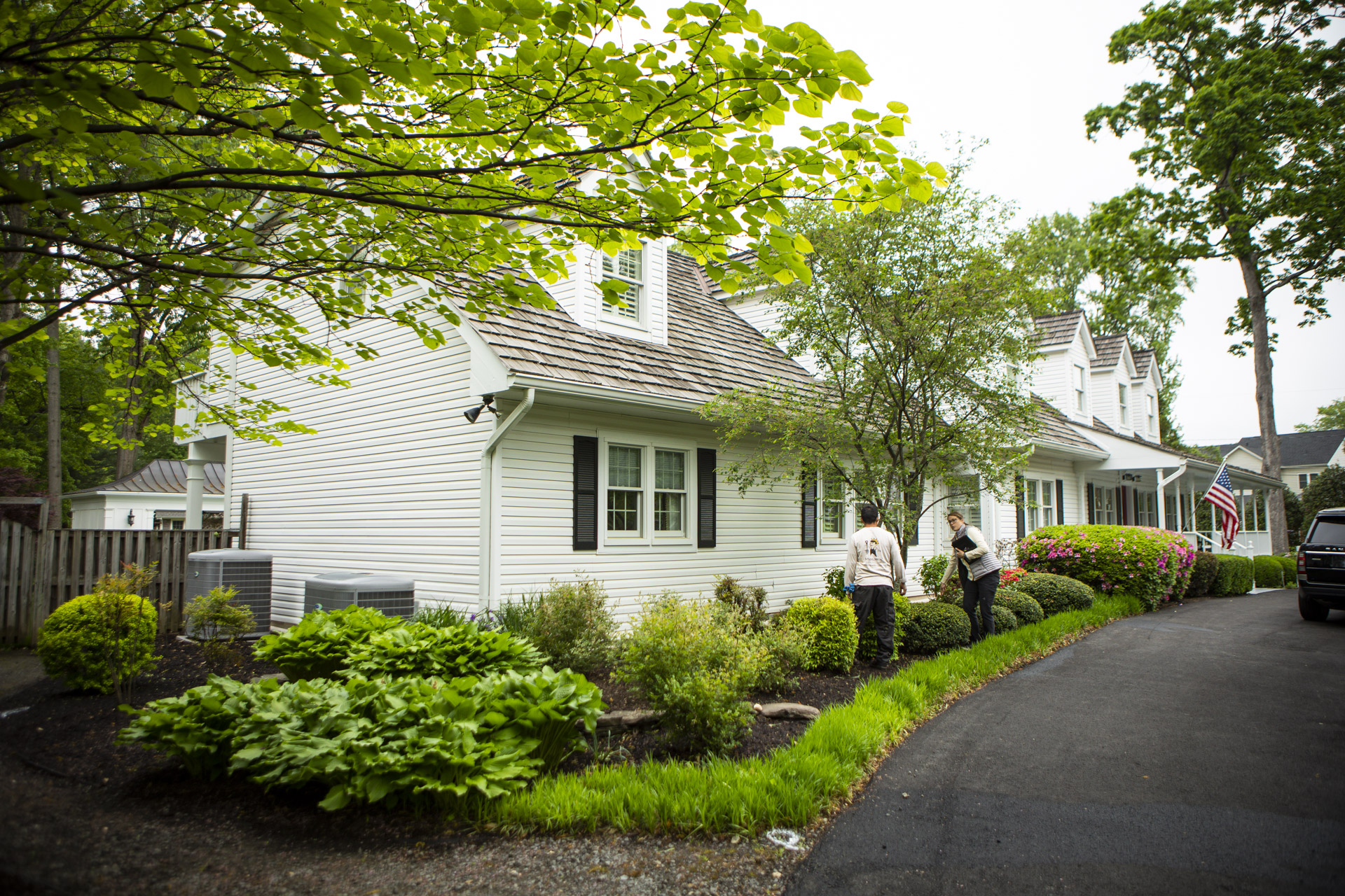 Our Best Front Yard Landscaping Ideas Plus Tips On Design Cost In Alexandria Arlington And Springfield Va