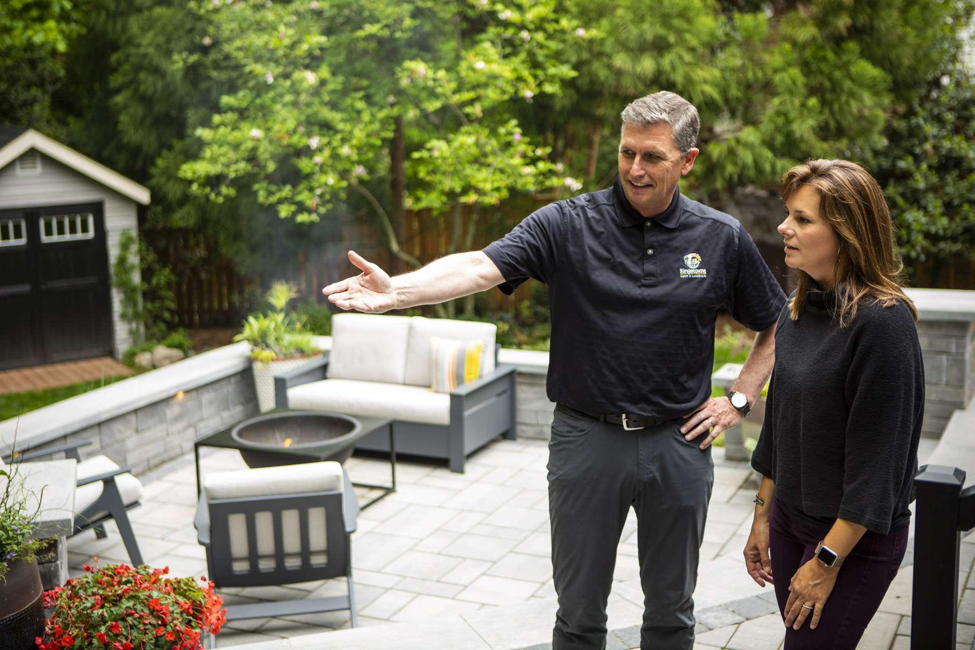 landscape-designer-customer-patio-fire-pit-2