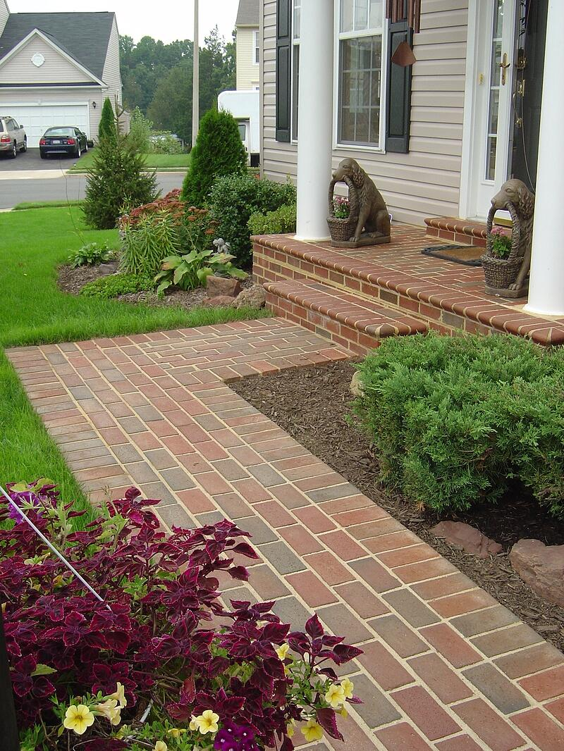 Brick walkway design at house in Virginia