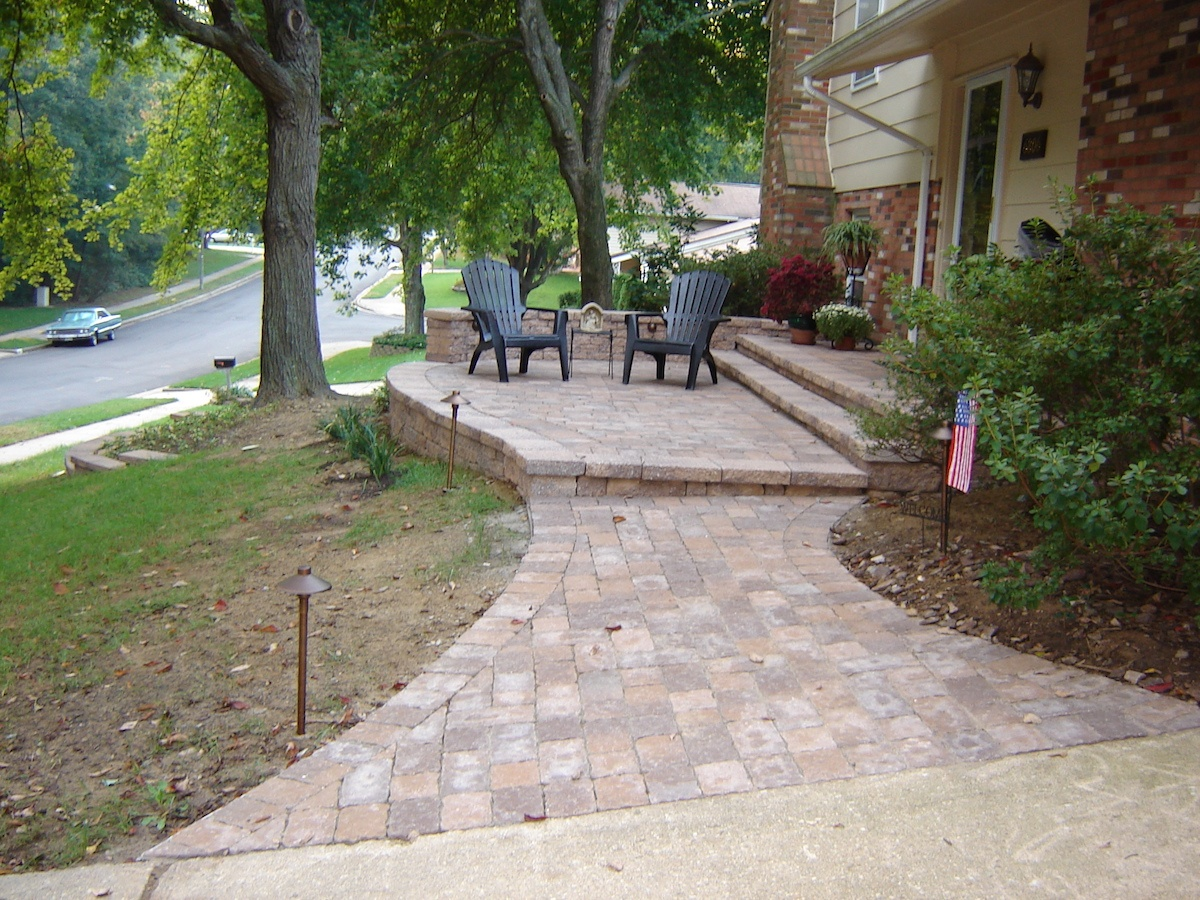 front steps that need upgrade