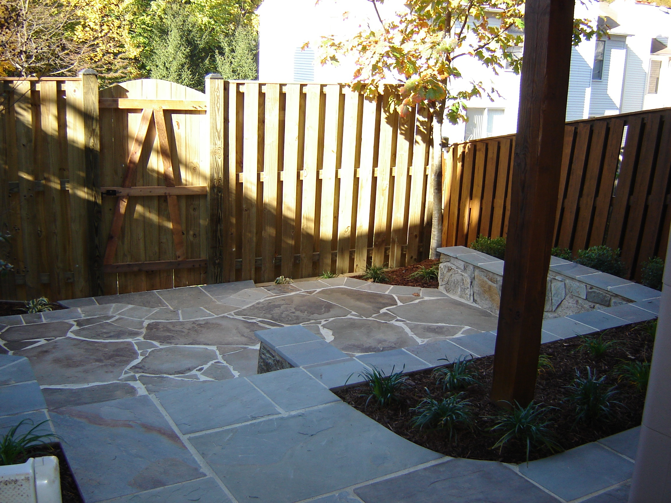 Free flowing patio design