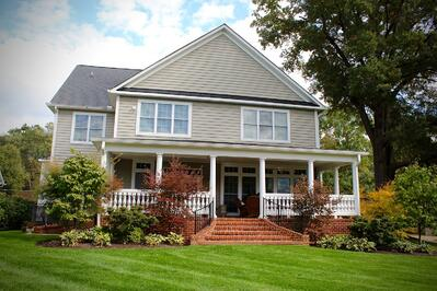 Beautiful lawn and landscape maintained by professionals