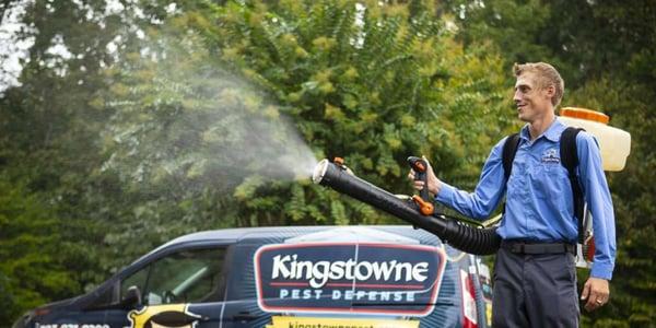 kingstowne-pest-services-spray-HERO