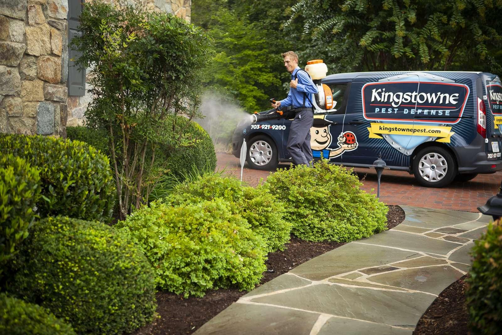 Grant Osvalds working for Kingstowne Pest Defense