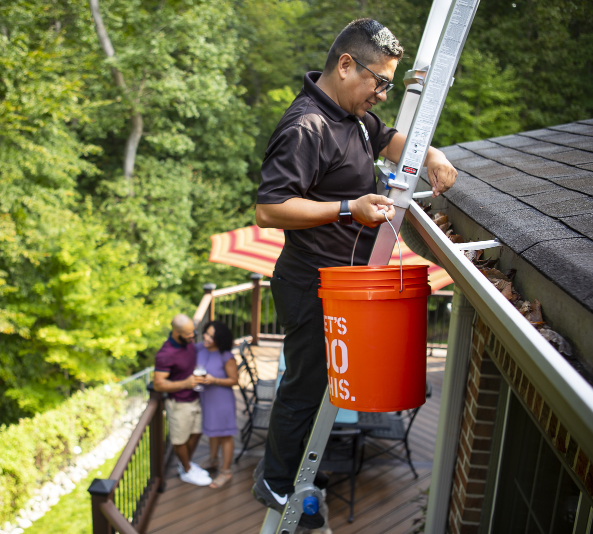 professional gutter cleaning in Virginia