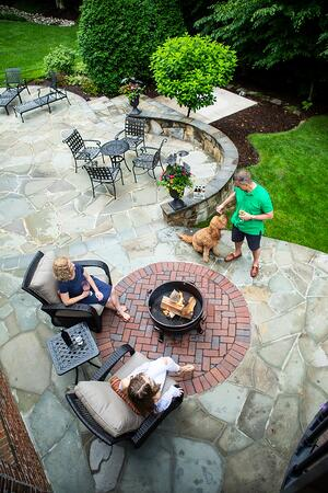 patio-fire-pit-customers-dog-wall-1
