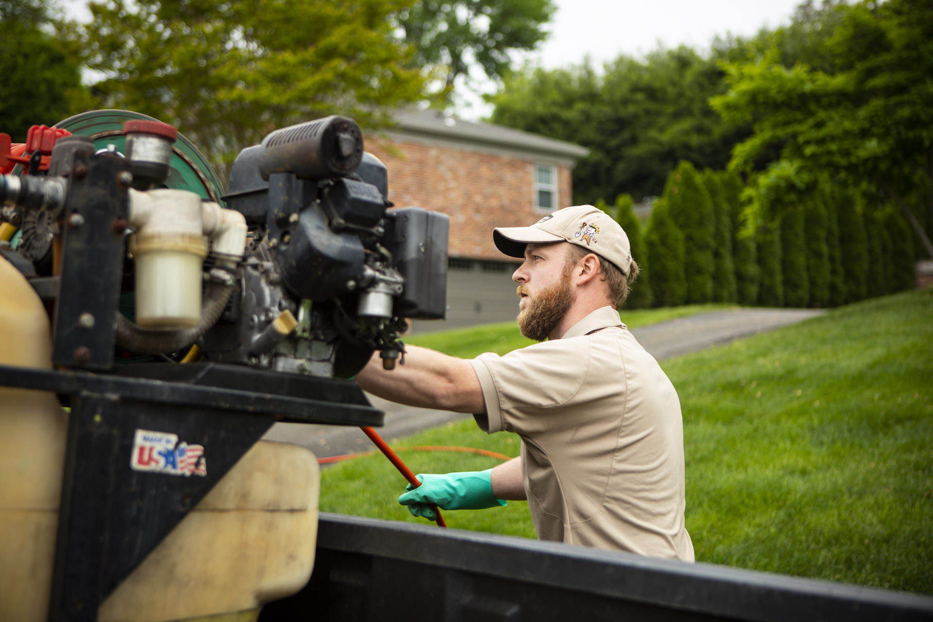Why Hospitality & Restaurant Workers Are Perfect for the Lawn & Landscape Industry