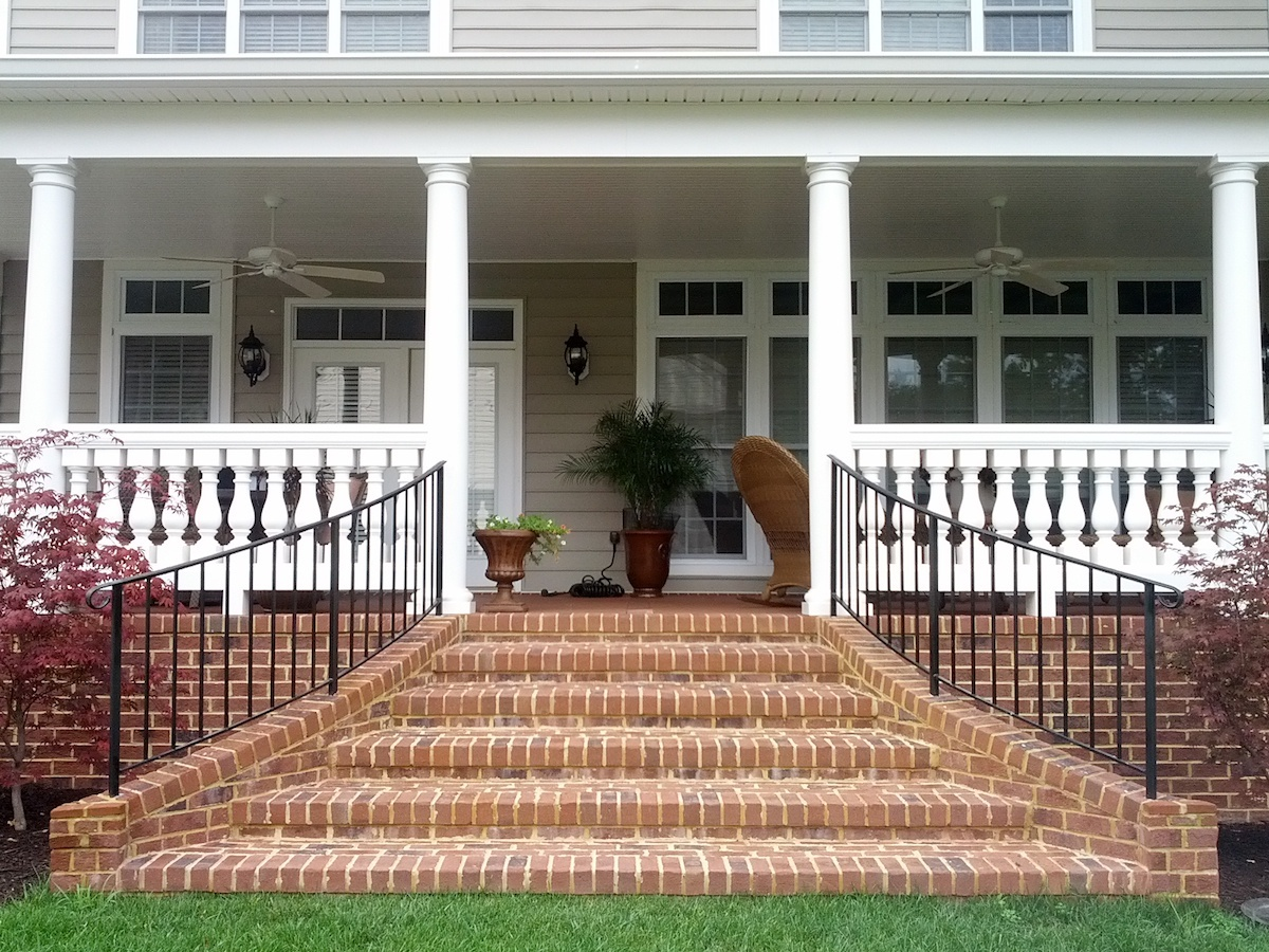 Front porch landing and steps