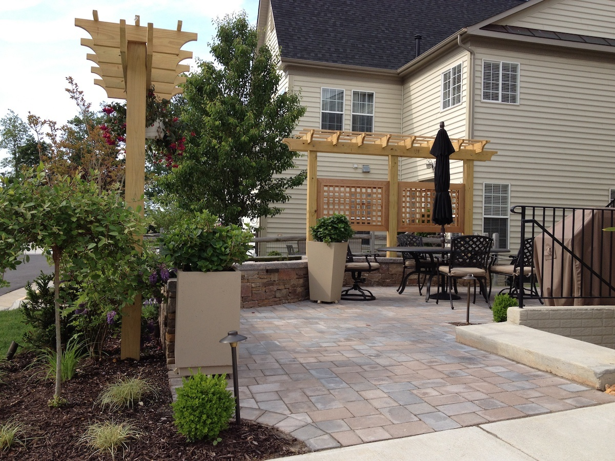 paver patio privacy screen