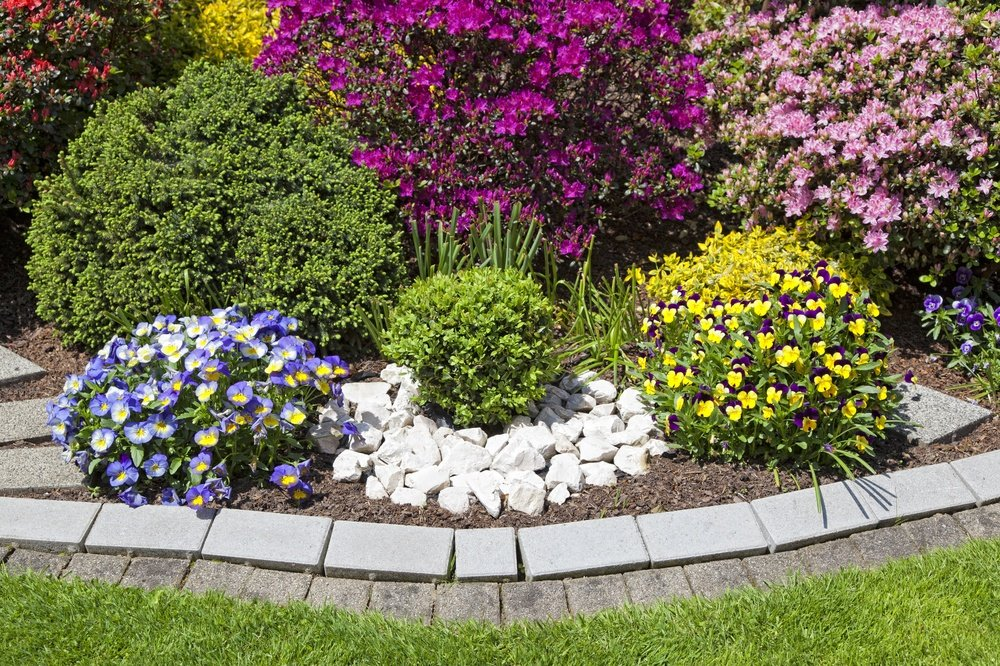 How to Stop Weeding Flower Beds for Good at Your Alexandria or Arlington, VA Home