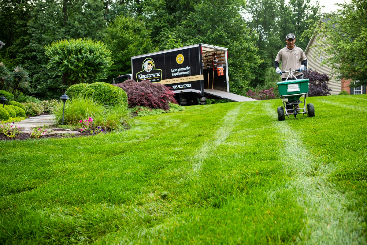 An Inside Look at Lawn Care Technician Jobs at Kingstowne