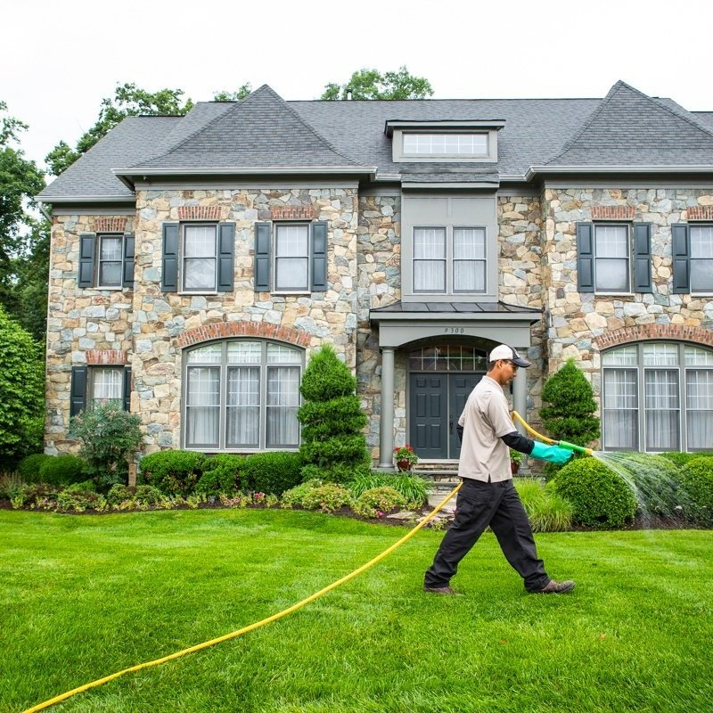 lawn-care-treatment-liquid-spraying-2-405890-edited