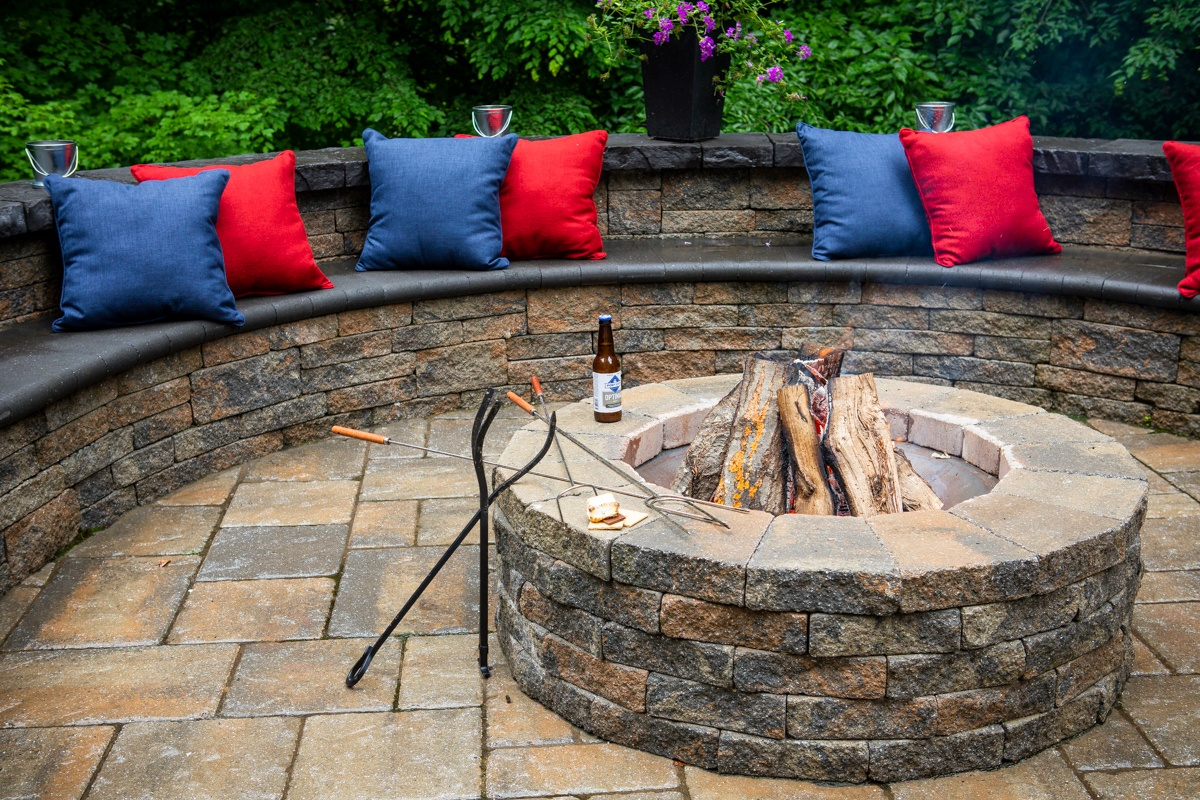 Wood vs. Gas Fire Pits: Landscape Design Tips for Alexandria, Arlington, & Springfield, VA