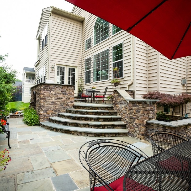 patio-steps-wall-fountain-grill-6-785249-edited